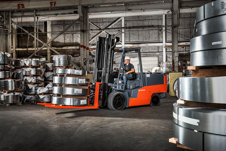 Forklift Size Decisions: What Forklift Capacity Do I Need ...