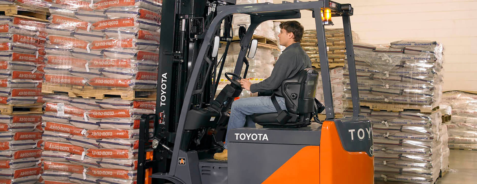 Forklift Seatbelts Save Lives Every Day Toyota Forklifts