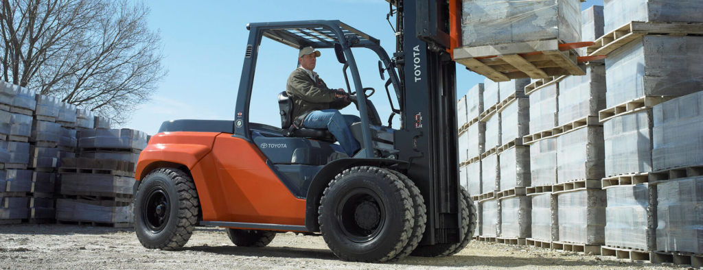 Selecting the Right Forklift Tires: Pneumatic vs. Cushion | Toyota Forklifts